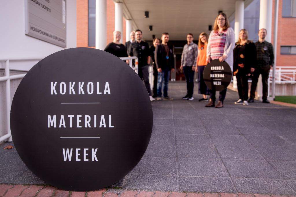 Kokkola Material Week logo och människor